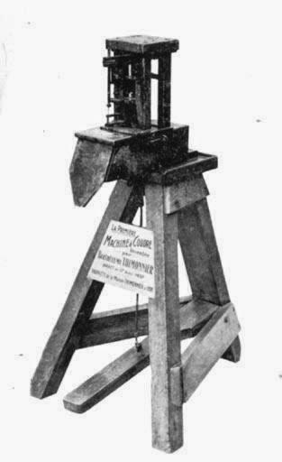 La première machine à coudre de Barthelemy Thimonnier, 1830.